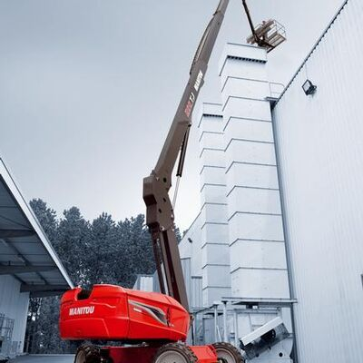 Manitou new 28m telescopic access platform awarded Product of the year